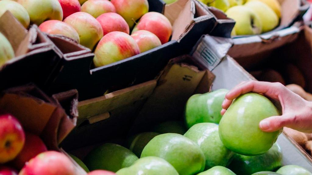 Fruta retail