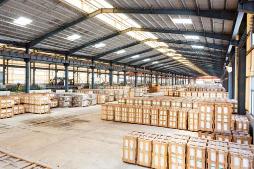Control de stock en almacenes ilimitados